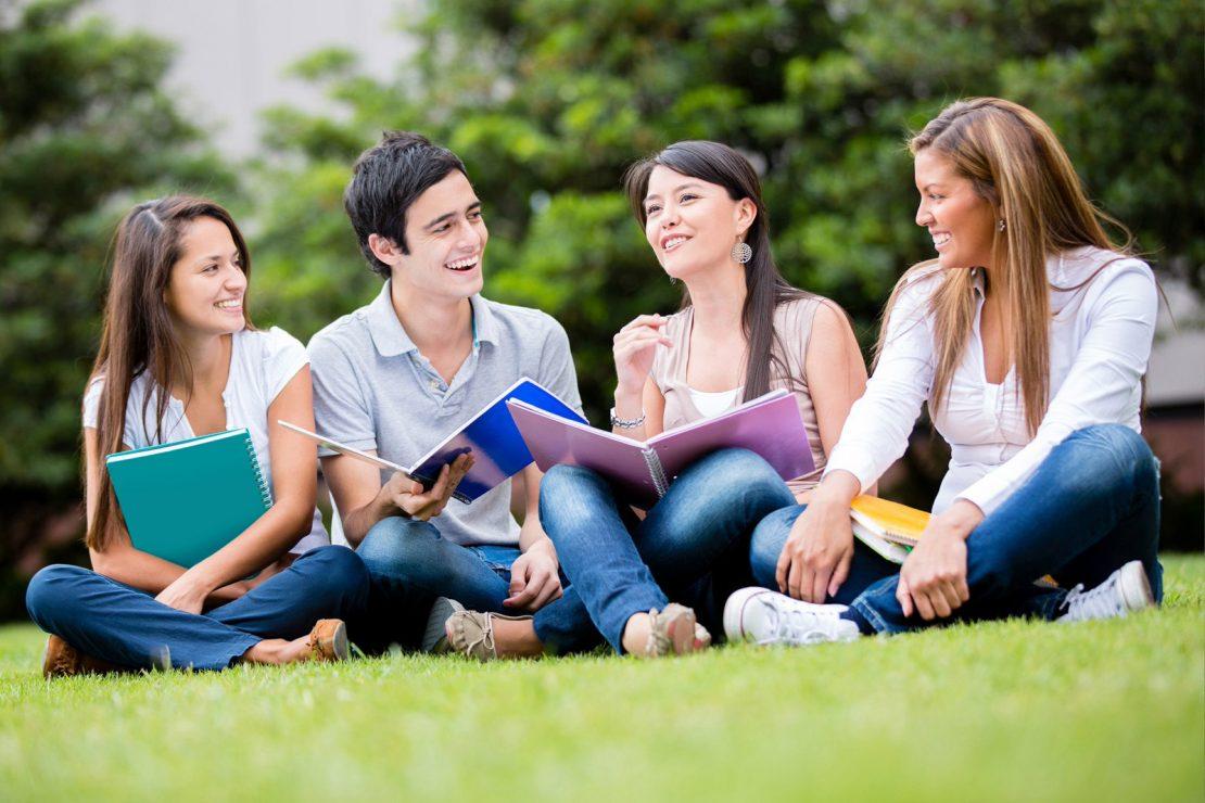 Happy Campus Dating