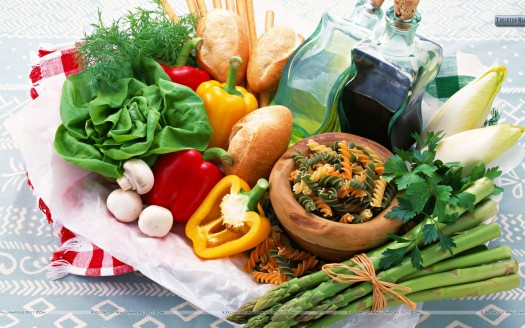 Dress the Table with Local Summer Produce