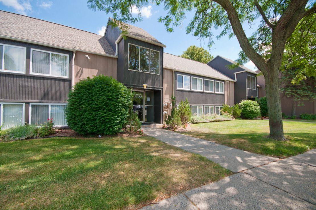 Ann arbor Apartment in Broadview-1701-1753