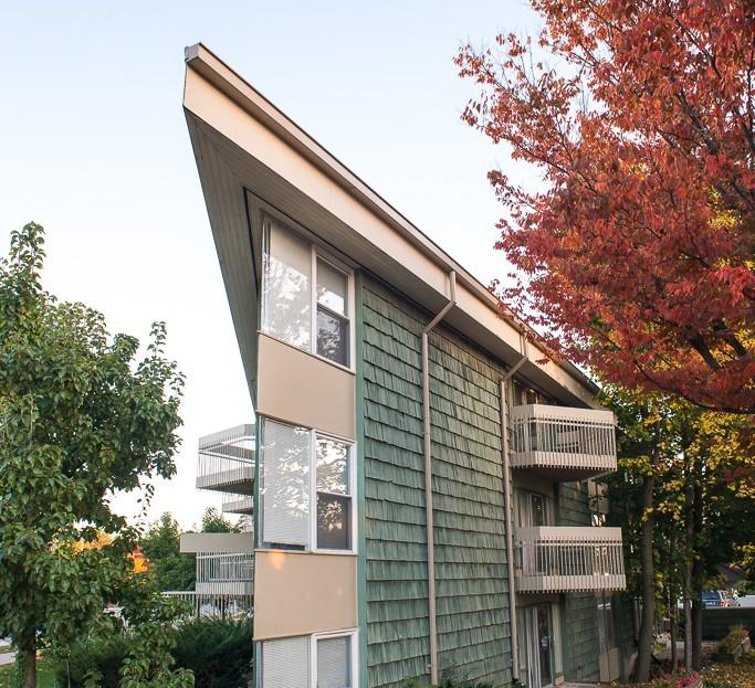 Ann arbor Apartments in 406 Packard